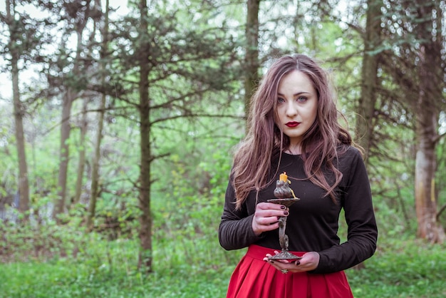 キャンドルで森の魔女