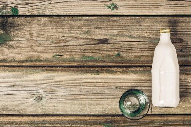 牛乳とガラスの瓶