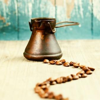 Старый кофейник