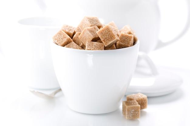 Чашка с кубиками сахара