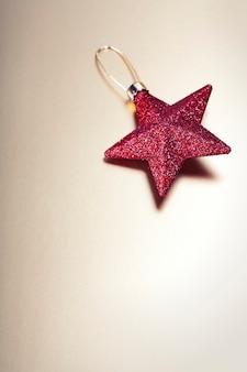 赤いクリスマスの星