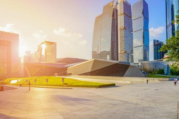 中国の川の金融青空の都市の風景