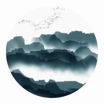 霧古い古典的な山の旅行