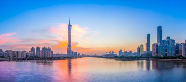 都市建築の風景とスカイライン