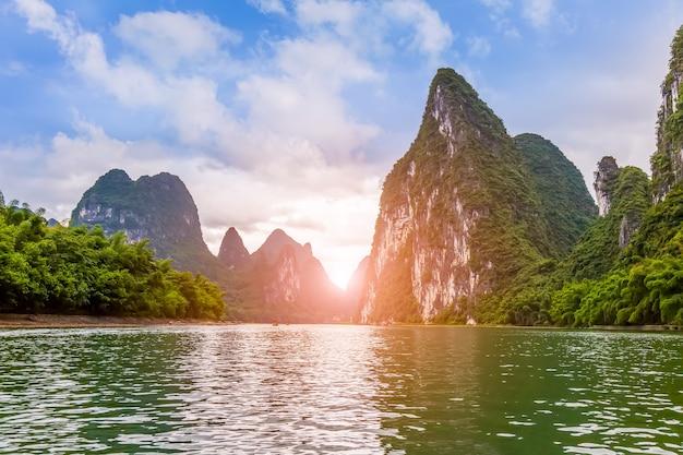丘陵自然の中国緑