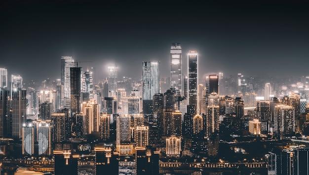 Городская ночь и горизонт