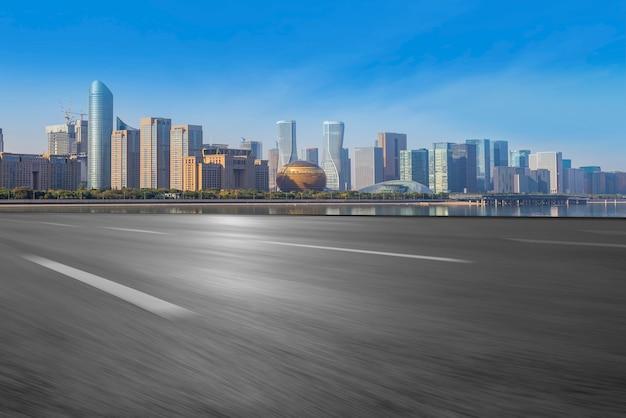 杭州高速道路の都市スカイラインのスカイライン