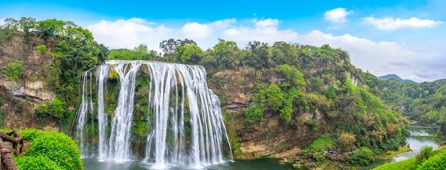中国、貴州省黄国洲の滝