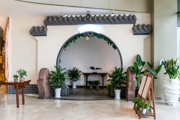 Стена сада в китайском стиле