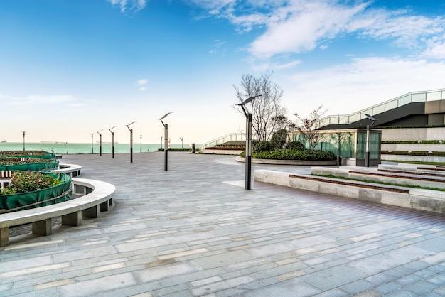 床タイルと都市広場の海景