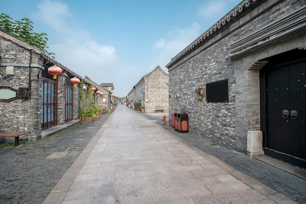 Древний город, старая улица дунгуань, янчжоу, китай