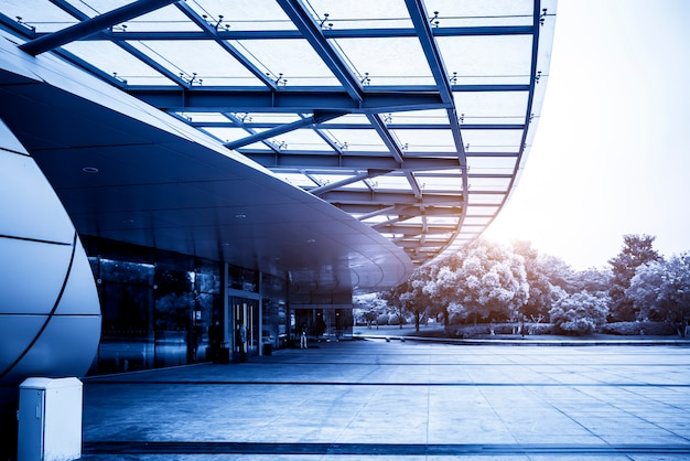 中国の近代的な都市建築のオフィスビル