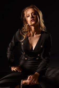 ファッションモデルの肖像画。