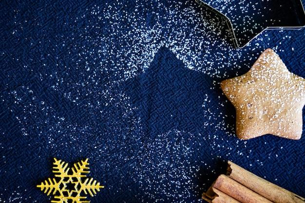 クリスマスのジンジャーブレッドクッキーの自家製料理