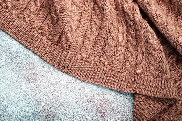 ニットウールの毛布、トップビューのひだ