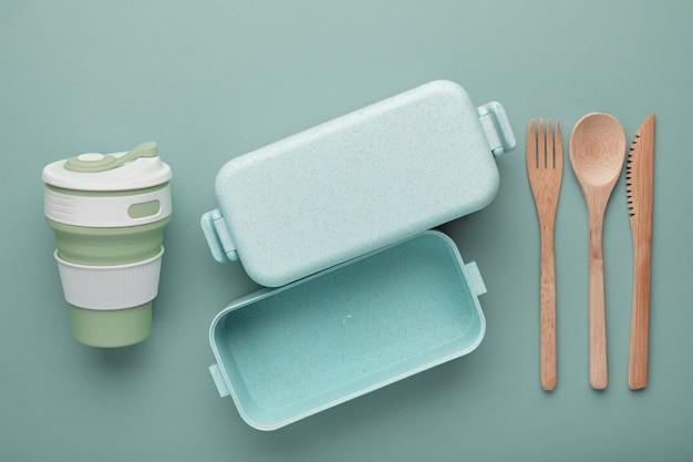 再利用可能なカップとボックス、竹カトラリー