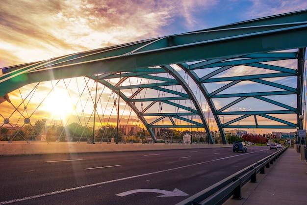 デンバー橋の交通