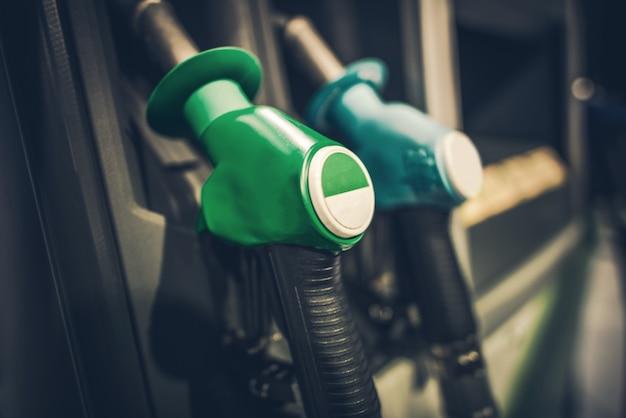 ガソリンポンプノズル