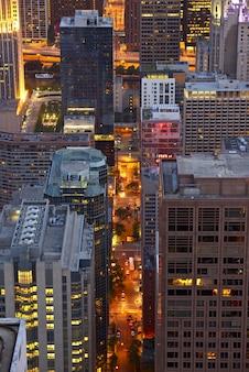 Городская ночная жизнь чикаго