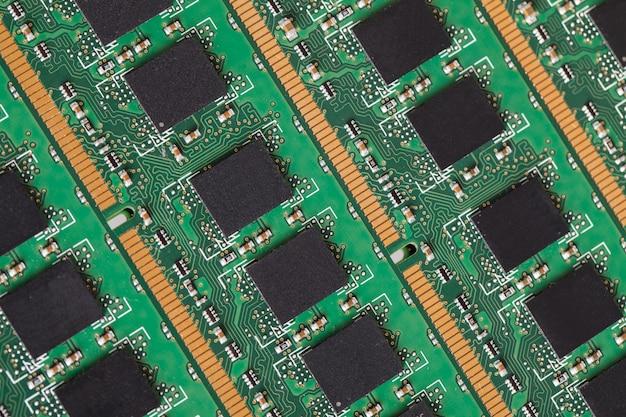 Крупным планом компьютерных частей