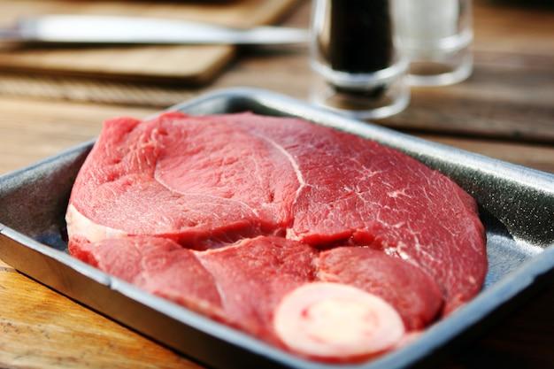 新鮮でとても美味しいステーキ