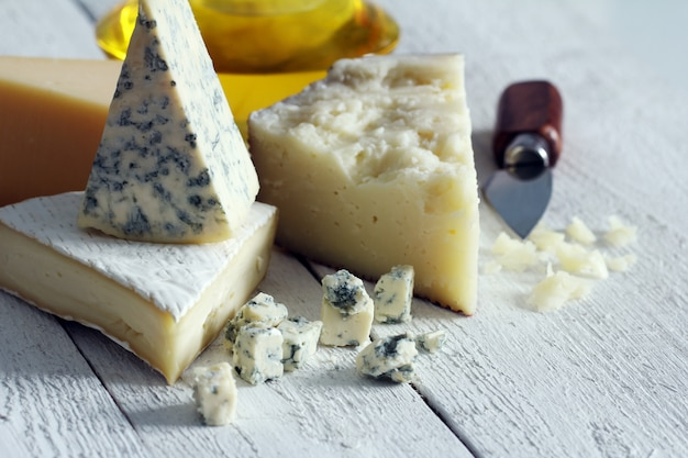 Свежий и вкусный сыр