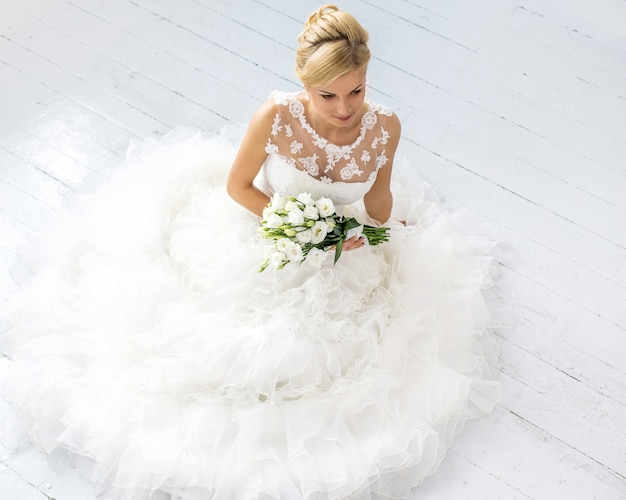 ブーケと美しい花嫁