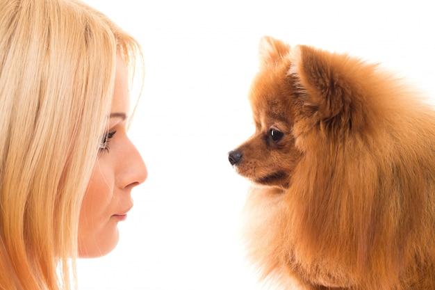 犬とかわいい女
