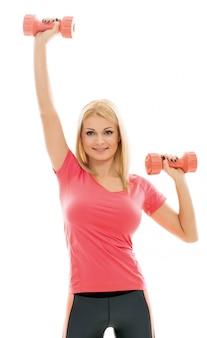 スポーツ演習を行う女性
