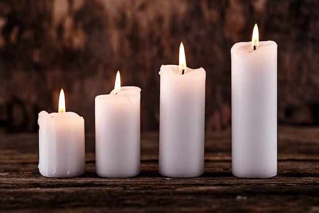 Белые свечи