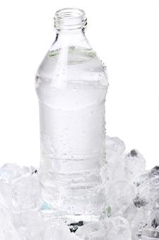Пресная вода в бутылке