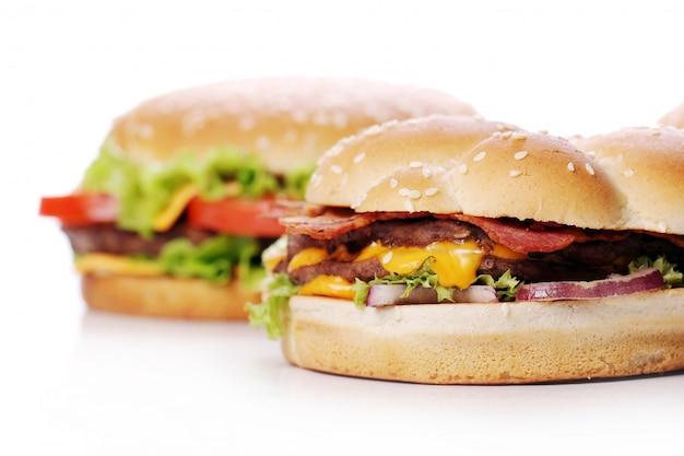 大きくておいしいハンバーガー