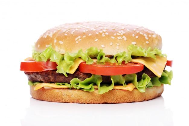 Большой и вкусный гамбургер