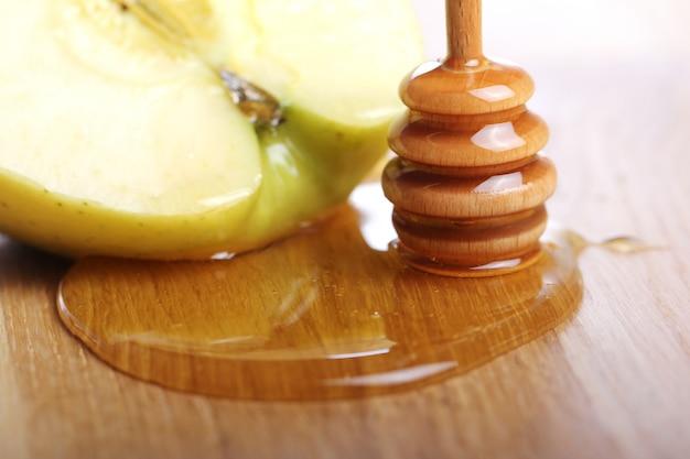 蜂蜜とリンゴ