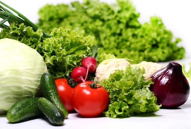 Куча свежих овощей