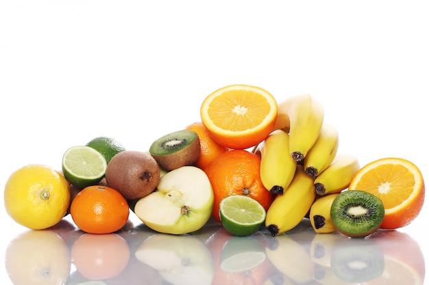 新鮮な果物の山