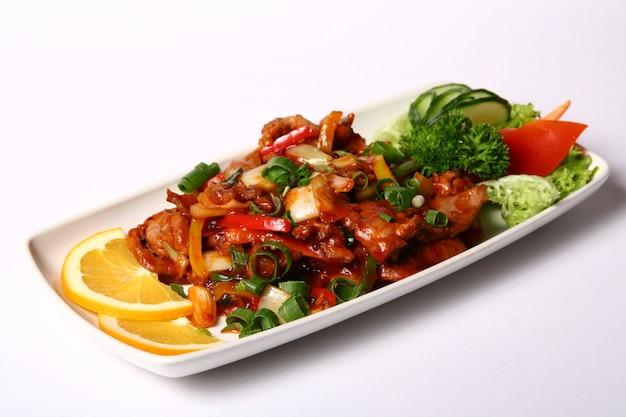 野菜と肉料理
