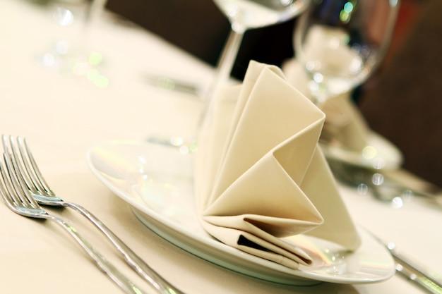 レストランでの宴会テーブル