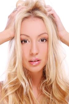 Красивая блондинка над