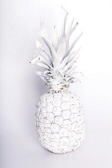 Необычный ананас