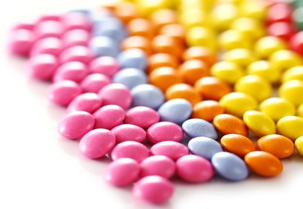 Разноцветные глазированные конфеты