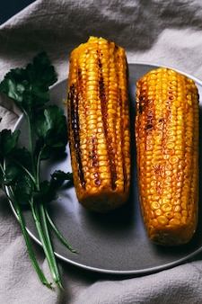Вкусная жареная кукуруза