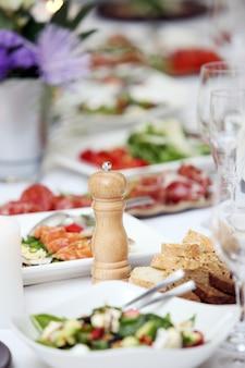 祝うためのテーブル