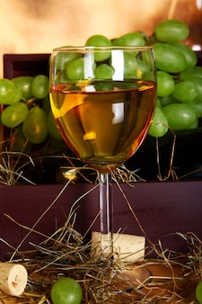 Красивая винная композиция