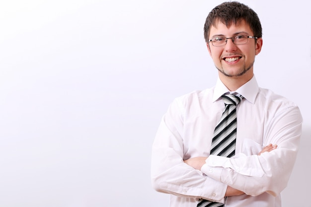 Молодой красивый бизнесмен