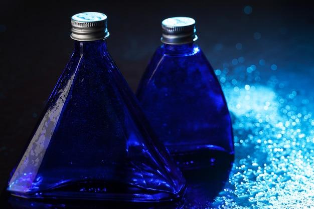 Маленькие синие бутылки