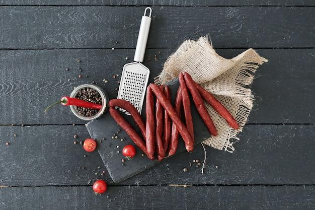 トマトとスパイスの肉