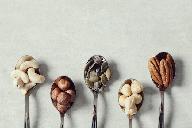 Различные орехи
