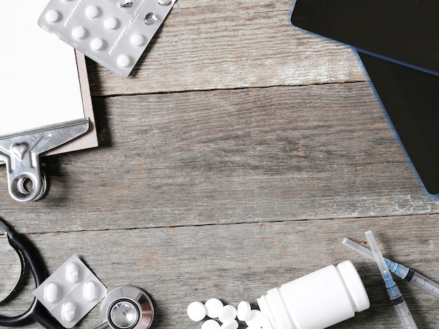 薬と医療組成物