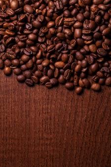 ローストコーヒーの穀物のクローズアップ画像
